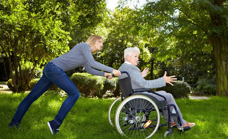 Dealing With Back Pain in Wheelchair Users